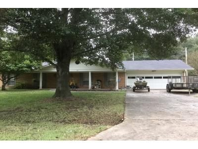 3 Bed Preforeclosure Property in Lyon, MS 38645 - Barry