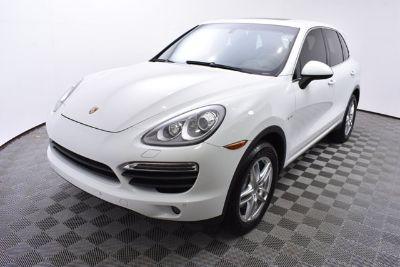 2014 Porsche Cayenne S Hybrid (white)