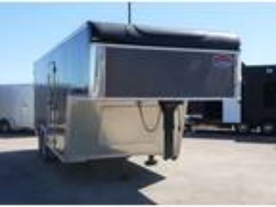 2018 United Trailers 8.5x18 Gooseneck Enclosed - Charcoal