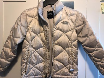 GUC Girls The North face down puffer jacket