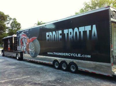 toterhome and trailer