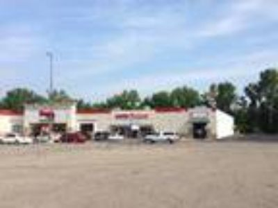 Retail-Commercial for Lease: 1625 Leonard St. NE