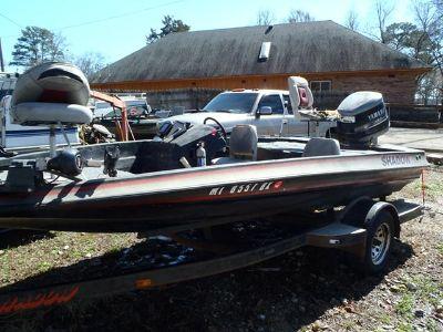 $1,650, 1989 18ft Shadow bass boat. 1989 Pro V Yamaha 150