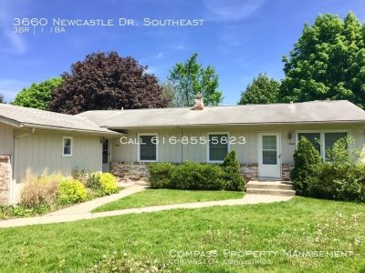 Side by Side 3 Bed 1.5 Bath Duplex - Finished Basement - Water Included!