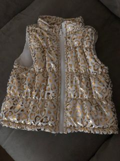 Puffy vest. 2t