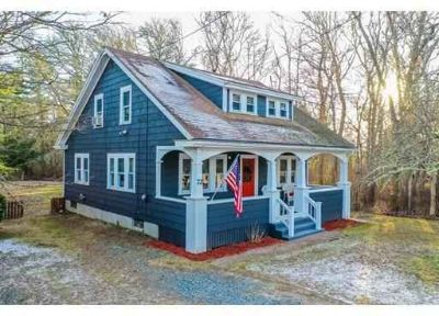 72 Marion Rd Mattapoisett Four BR, All things come with this