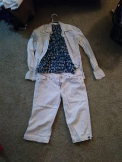 White Nd blue spring outfit