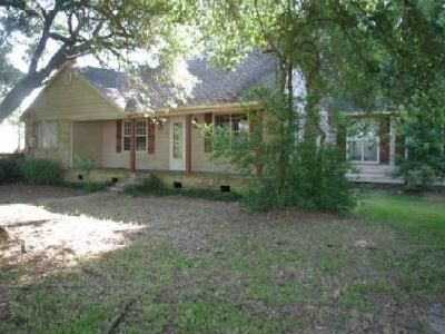 4 Bed 2 Bath Foreclosure Property in Opelousas, LA 70570 - Bertrand Rd