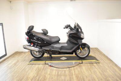 2009 Suzuki Burgman 650 Exec 250 - 500cc Scooters Wauconda, IL