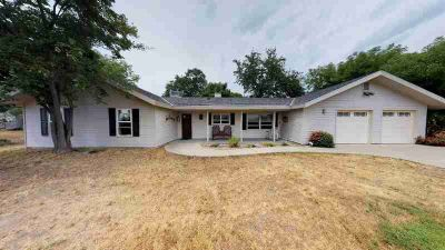 22547 Homestead Road CLOVIS Four BR, Beautiful well maintained