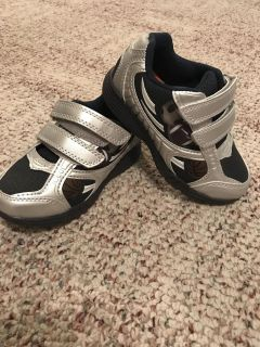 NWT Carter s boys size 10 shoes