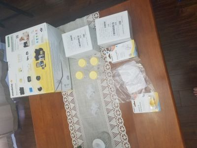 New never opened, Medela pump in style advance double breastpump on-the-go tote.