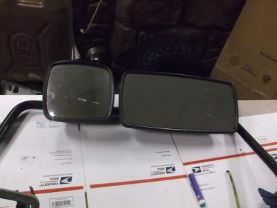 Sell 730 freightliner century class driver side black two piece mirror complete motorcycle in Batesville, Arkansas, US, for US $142.97