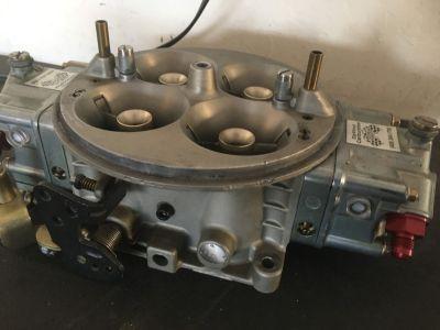 Holley 1050 Carburetor