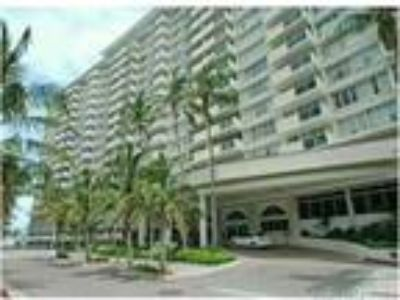 100 Lincoln Rd 1232