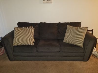 Simmons Charcoal Gray Couch