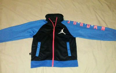 ,, Jordan brand size 4 excellent conditions light weight sweater BUNDLE DISCOUNTS IF PURCHASE $25-$4