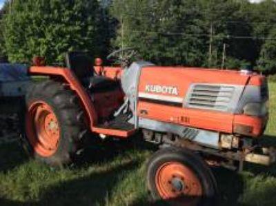 1995 Kubota L2900