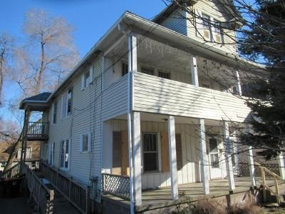 2 Bed 1 Bath Foreclosure Property in Agawam, MA 01001 - 357 Springfield St