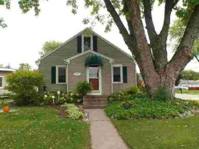 2949 21st Ter S La Crosse Three BR, What a wonderful home!