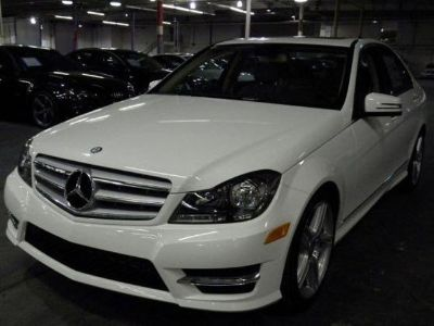 2013 Mercedes-Benz C-Class C300 Luxury 4MATIC (Polar White)