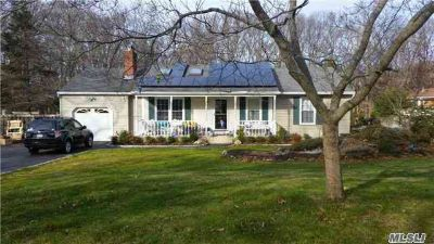23 Dog Wood Ln Wading River, Like New Lovely Two BR 1