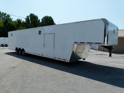 2020 44' VINTAGE OUTLAW RACE TRAILER
