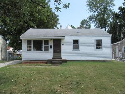 3 Bed 1 Bath Foreclosure Property in Saint Ann, MO 63074 - Saint Cecelia Ln