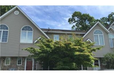 3 bedrooms Condo - Enjoy this great rental in hip Beacon.