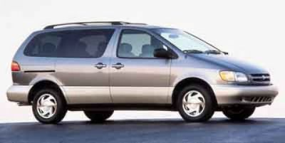 2000 Toyota Sienna LE (Silver)