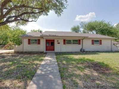 3 beds 2 baths for single family for rent in Hurst, TX 76053