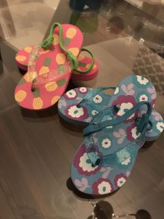 Size 7 slippers/sandals