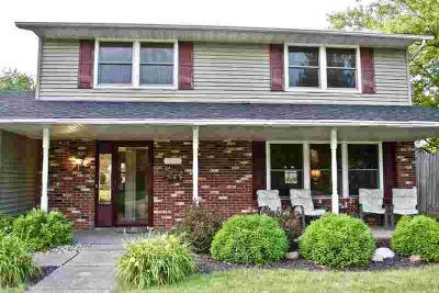 4511 Albert Drive Fort Wayne, Beautifully Maintained 4