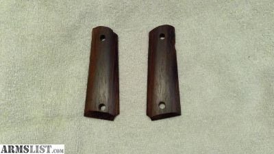 For Sale: 1911 Hardwood Grips