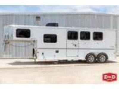 2020 Sundowner Trailers Santa Fe 3 Horse Living Quarters Trailer 3 horses