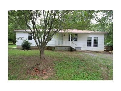 3 Bed 1 Bath Foreclosure Property in New Hope, AL 35760 - Cooper Rd