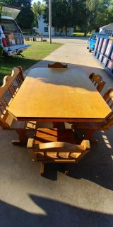6-piece table set w/ full bench seat