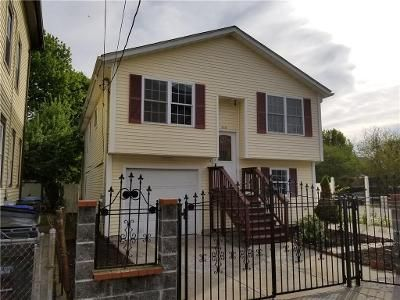 3 Bed 1 Bath Foreclosure Property in Providence, RI 02904 - Greeley St
