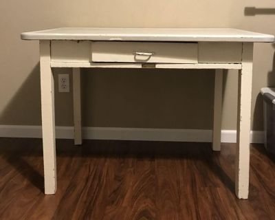Old chippy small table