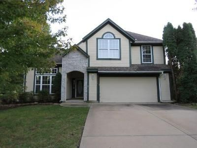 3 Bed 3 Bath Foreclosure Property in Olathe, KS 66062 - W 155th Ter