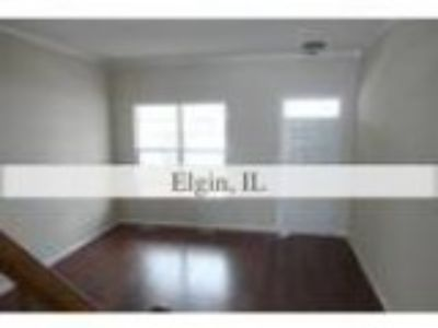 Foreclosure Condominium for sale in Elgin IL
