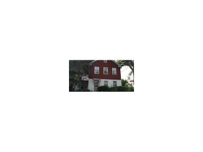 5 Bed 2 Bath Foreclosure Property in Westfield, MA 01085 - Sibley Ave