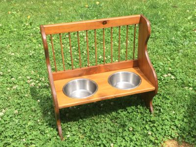 Homemade Dog Feeder/Bench, good for medium-large dogs **READ PICK-UP DETAILS BELOW