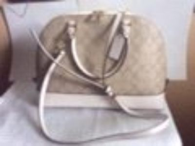 New without Tags Coach Signature