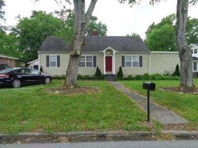3 Bed 2 Bath Foreclosure Property in Hartselle, AL 35640 - Hickory St SE