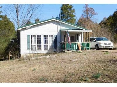 2 Bed 1 Bath Foreclosure Property in Cherokee Village, AR 72529 - Hiawatha Dr