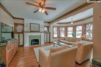 $3270 3 single-family home in Milwaukee