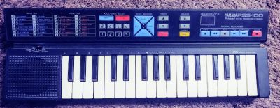 Small Yamaha PSS 100 Keboard only