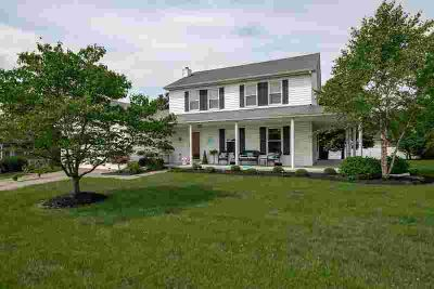 322 Calmes Boulevard WINCHESTER Three BR, Looking for move-in