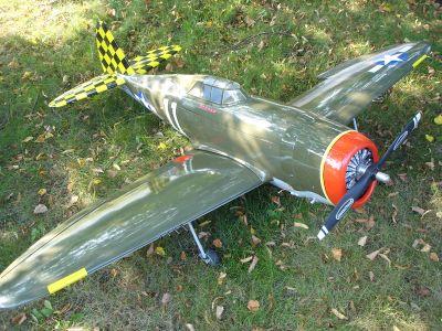 (REDUCED)Hangar 9 p-47d thunderbolt 150 and New SuperTigre 2000 engine